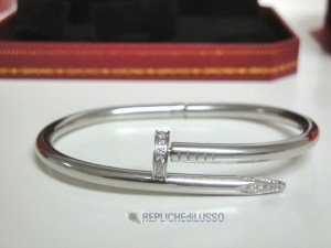 104replica cartier gioielli bracciale love cartier replica anello bulgari
