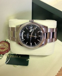 Rolex replica Day-Date 118209 White Gold Black Baton6