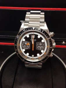 Tudor replica Heritage Chronograph 70330 42mm Black Dial3